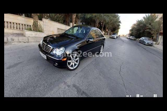 C 200 Mercedes Black