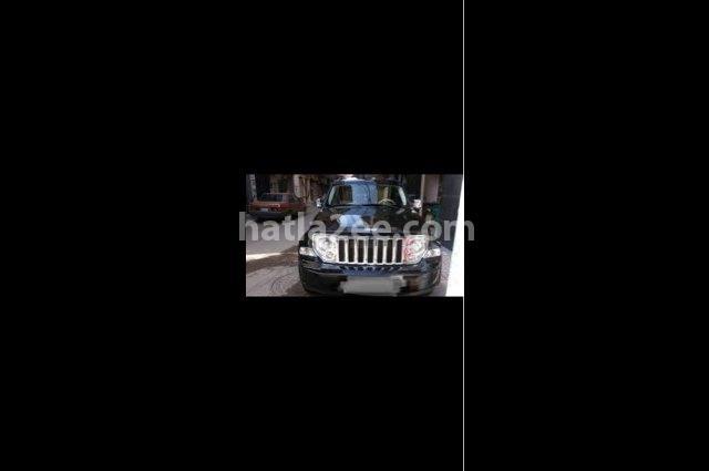 Cherokee Jeep Black