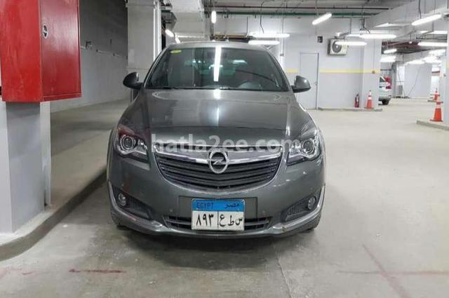 Insignia Opel رمادي