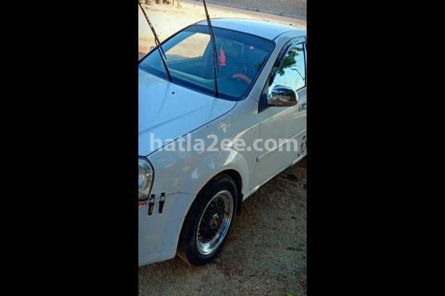Optra Chevrolet White