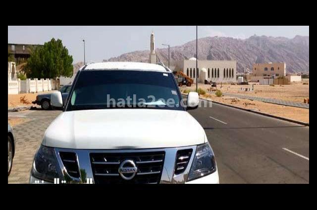 Patrol Nissan أبيض