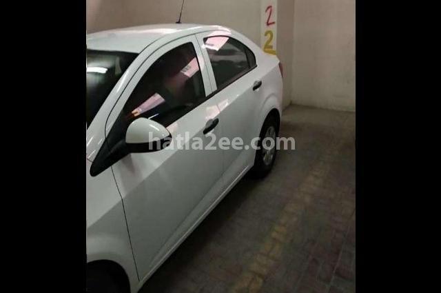 Sonic Chevrolet White