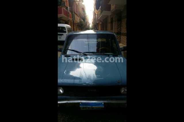 128 Fiat الأزرق الداكن