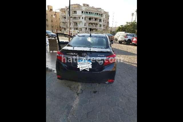 Yaris Toyota Black