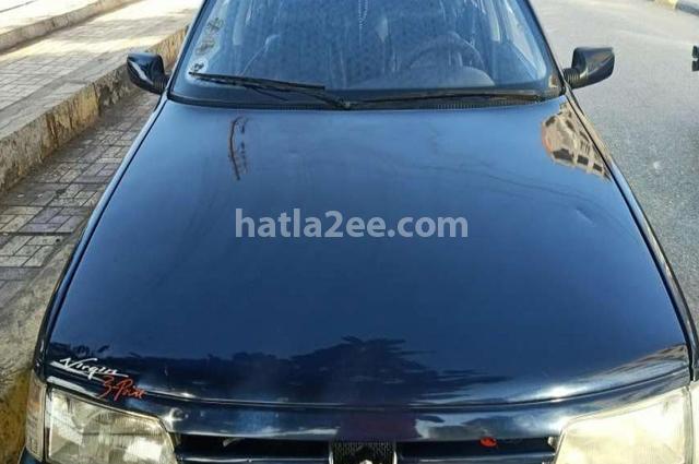 405 Peugeot الأزرق الداكن