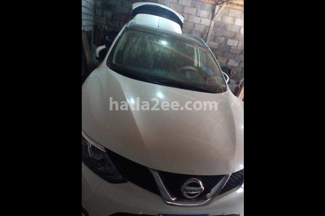 Qashqai Nissan أبيض