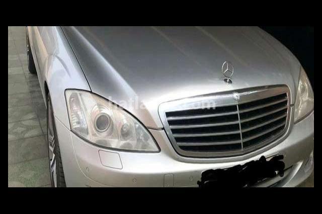 S 500 Mercedes فضي