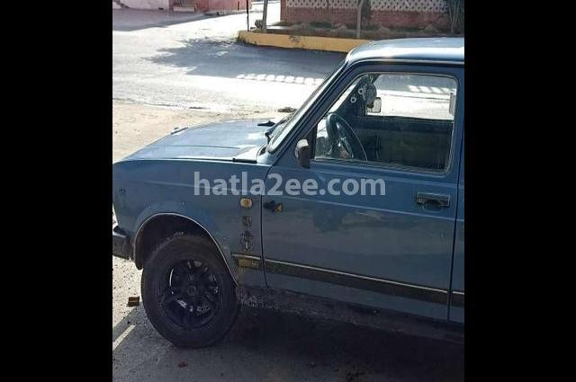 124 Lada أزرق