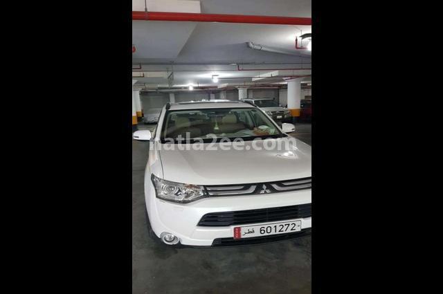 Outlander Mitsubishi أبيض