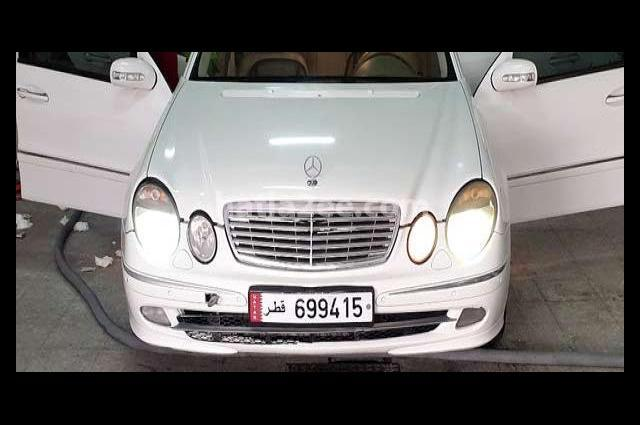 E 240 Mercedes أبيض