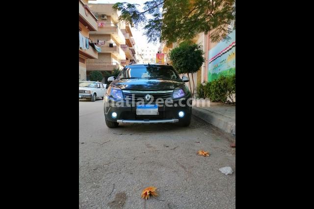 Sandero Step Way Renault أسود