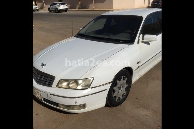Caprice Chevrolet White