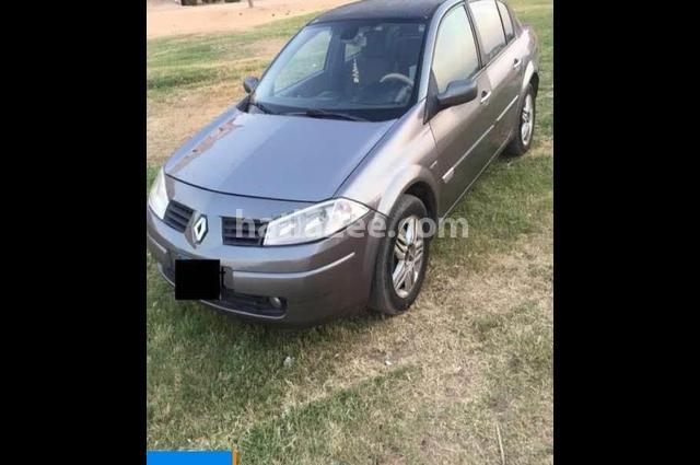 Megane Renault Gray