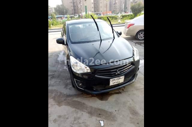 Attrage Mitsubishi Black