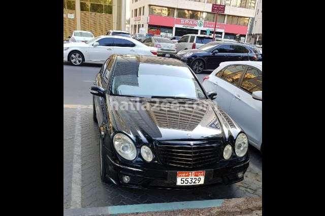E 500 Mercedes أسود