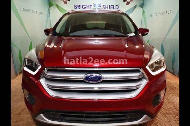Kuga Ford احمر غامق