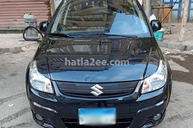 Sx4 Suzuki أسود