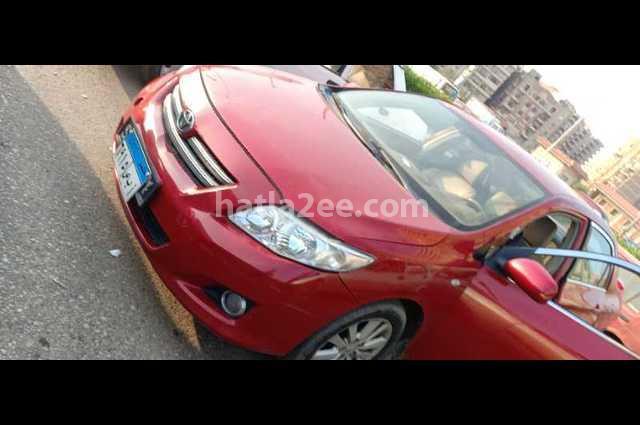 Corolla Toyota احمر