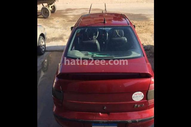 Siena Fiat احمر غامق