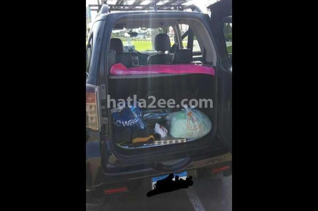 Terios Daihatsu أسود