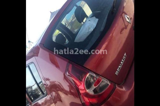 Sandero Renault احمر غامق