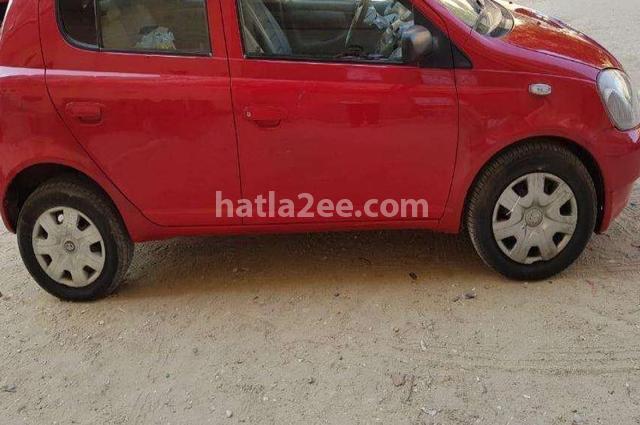 Echo Toyota احمر