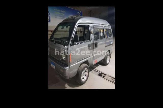 Van Suzuki رمادي