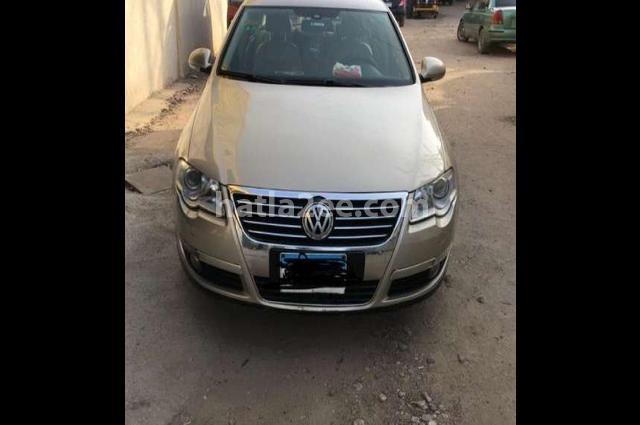 Passat Volkswagen Gold