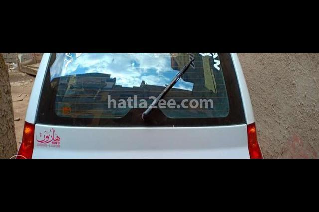 Matrix Hyundai White
