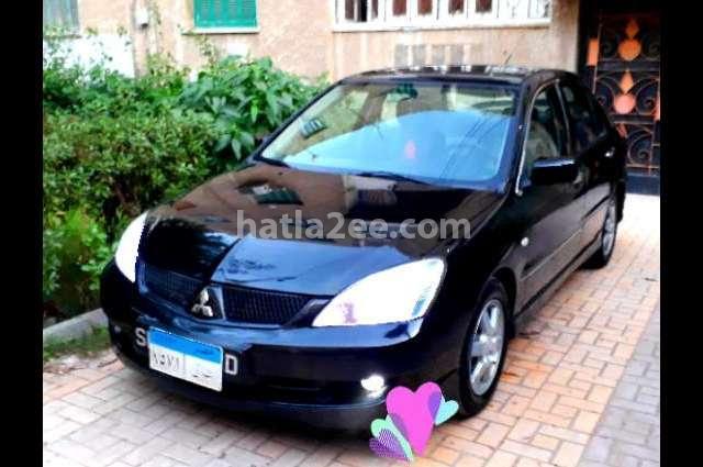 Lancer Mitsubishi أسود