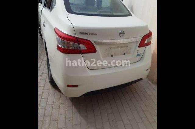 Sentra Nissan أبيض