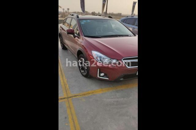 XV Subaru احمر غامق