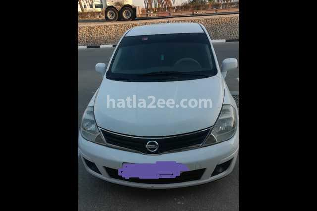 Tiida Nissan White
