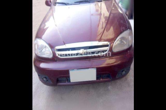 Lanos Chevrolet احمر غامق