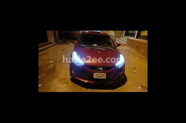 Elantra MD Hyundai احمر غامق