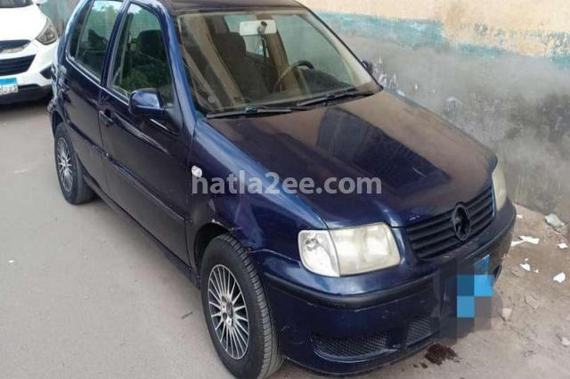 Polo Volkswagen الأزرق الداكن