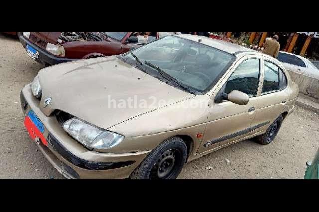 Megane Renault Gold