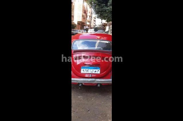 Beetle Volkswagen احمر