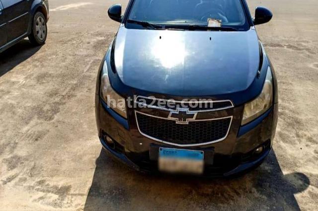 Cruze Chevrolet أسود