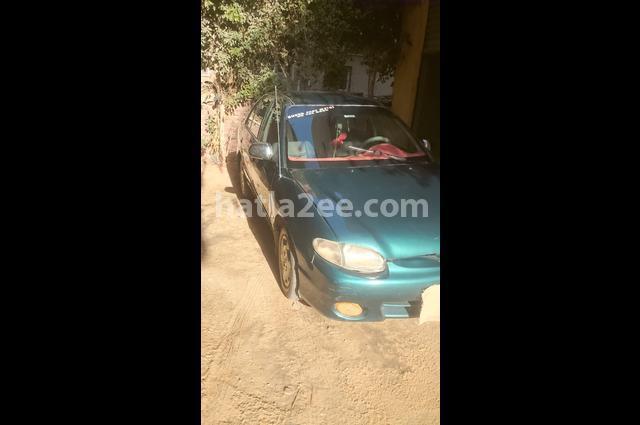 Accent Hyundai اخضر غامق
