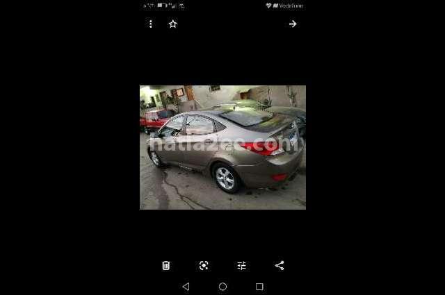 Accent RB Hyundai موكا