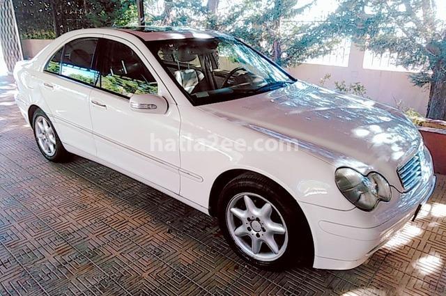 C 240 Mercedes أبيض