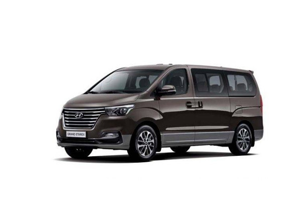 Hyundai H1 2020 Automatic /  9-Seater Wago Base New Cash or Installment