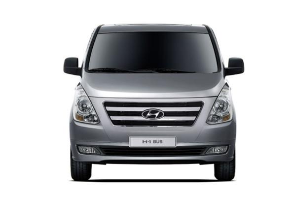 هيونداي H1 2018 اتوماتيك / 9-Seater Passenger Van جديدة للبيع و بالتقسيط