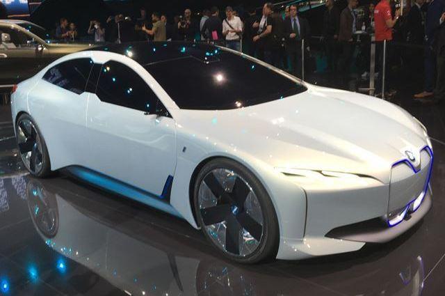اعرف الان العضو الجديد في عائلة BMW i الكهربائية big_img_611b0dd0ad69