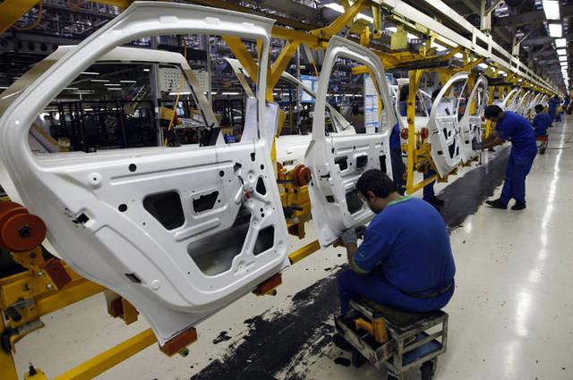 تعاون مصري ألماني مرتقب في مجال انتاج مكونات السيارات هتلاقى